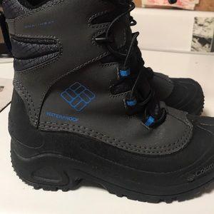 Kids waterproof rain/snow boots.